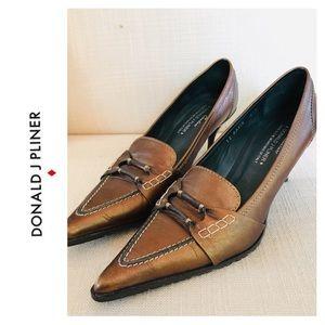 Donald J Pliner Couture Ravin size 8.5